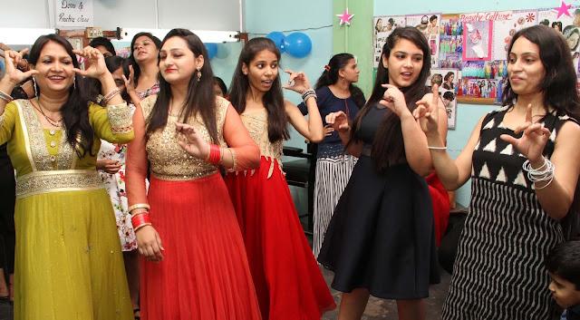 Celebration-of-Farewell-Savitri-Polytechnic-for-Women-faridabad