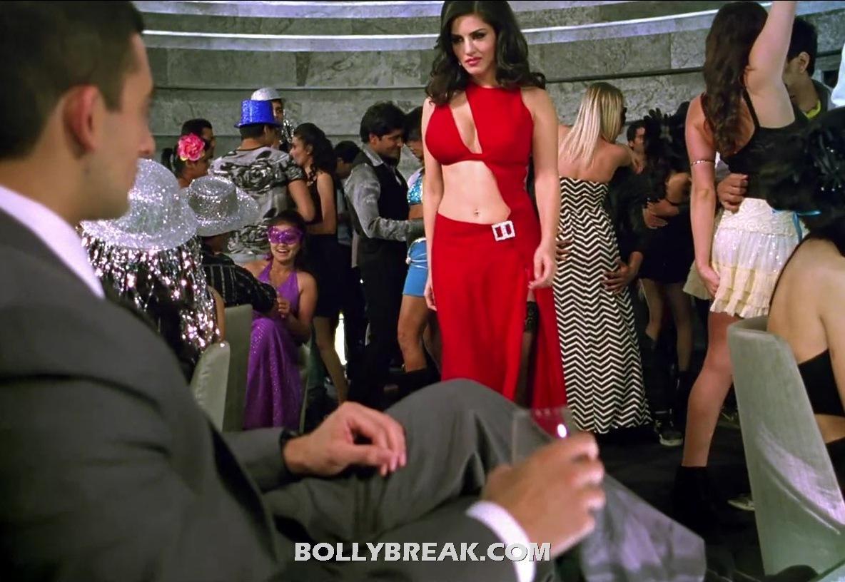 Sunny Leone Navel Show Pics Jism 2 Red Dress Stills