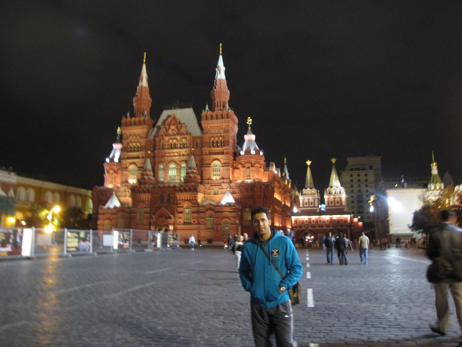 Yazar ve şair Vadim Shefner 40