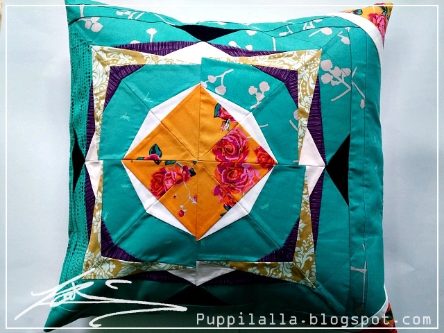 Puppilalla, modern quilting, quilted pillowcase, Static Interference Quilt Block, FPP, Foundation Paper Piecing,