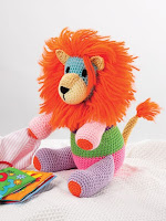 Crochet a Patchwork Lion Stuffed Toy Pattern