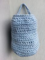 https://laventanaazul-susana.blogspot.com.es/2015/09/165-cesta-para-colgar-trapillo.html