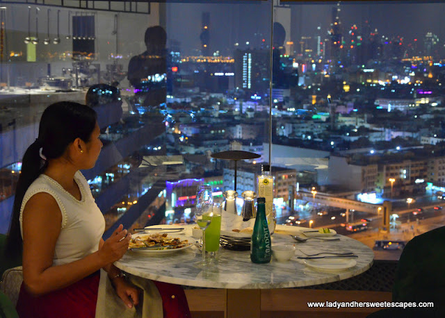 Lady in Al Dawaar Revolving Restaurant