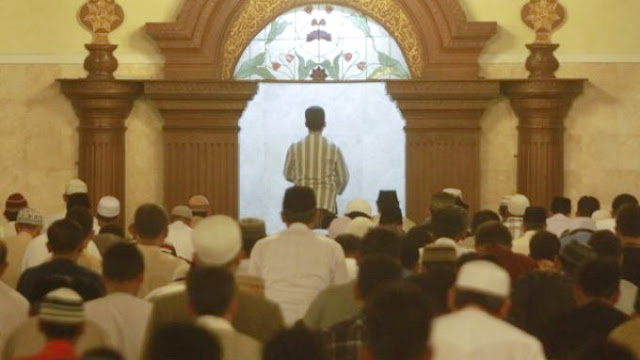 Imam Masjid Ini Meninggal Setelah Mengisi Kultum Tarawih Pertama