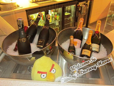 finnair lounge wines, angry birds