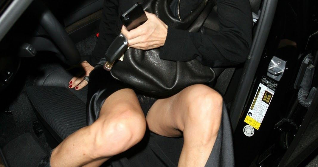 Apologise, but, C elebrity upskirt no panties