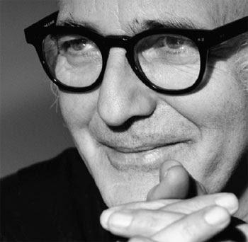Ludovico Einaudi - pianista i kompozytor z Turynu. Ludovico Einaudi - composer and pianist from Turin.