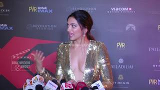 Deepika Padukone Promoting   Return of Xander Cage in India in Golde Gown 59 .xyz.jpg
