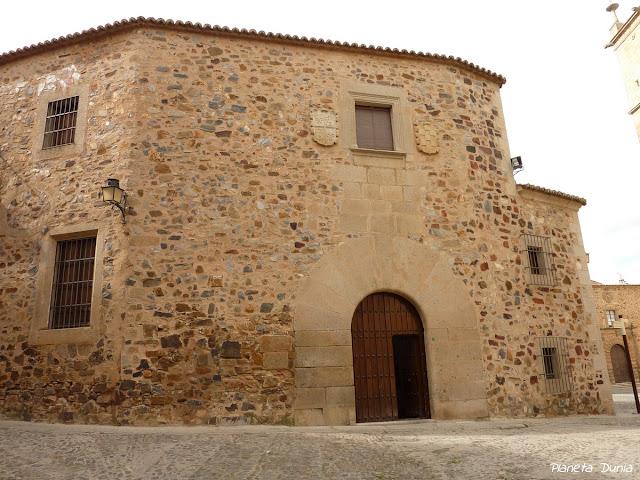 Palacio de los Golfín-Roco