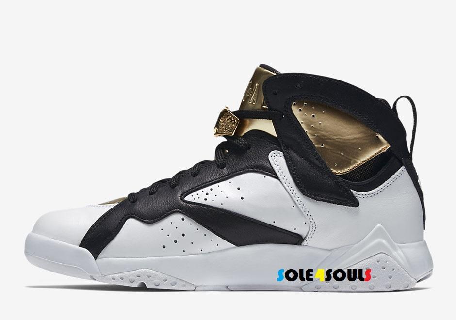 d4dbd56a195756 Sole4Souls   Nike Air Jordan 7 Retro Championship Cigar - White Black