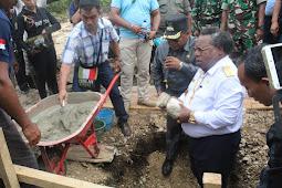 Bupati Resmikan Pembangunan Kantor Distrik Mikbarja