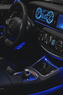 Ask Mercedes user App