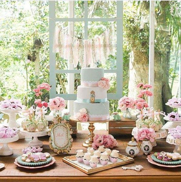 101 fiestas 10 ideas para tu mesa de dulces de ladybug - Decoracion vintage chic ...