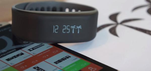 Noodoe 智慧手錶讓使用者可以透過App 設計顯示圖案。