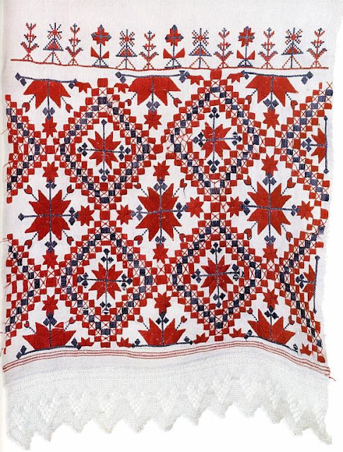 Hand-embroidered rirual towel rushnik from Belarus