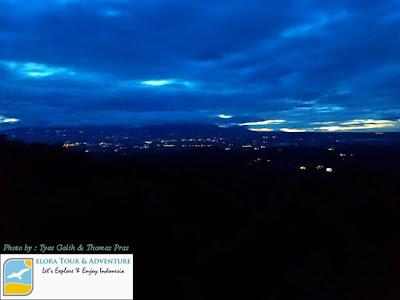 Menjelang Sunrise Punthuk Setumbu