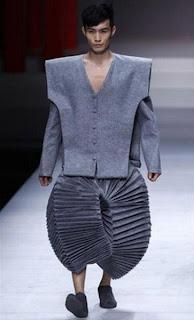 weird-fashion-017.jpg