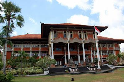 10 Universitas Terbaik di Indonesia 2018 Terbaru