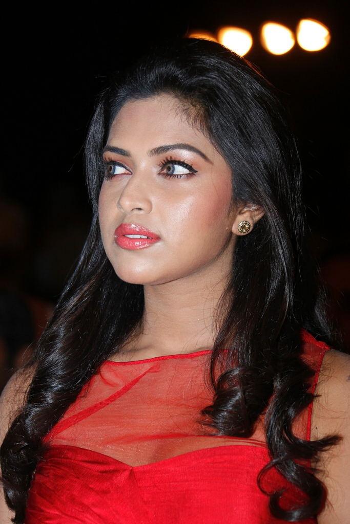 Nude Tollywood Pics Amala Paul Actress Aishwarya Hot-8075