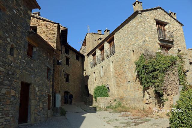 Calles de la Villa Medieval de Aínsa, Huesca
