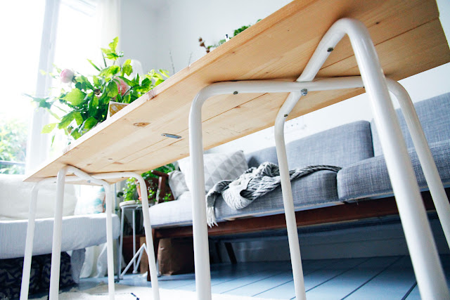Merci raoul diy la petite table basse en bois brut La petite table basse en bois brut