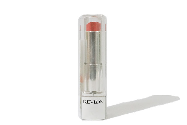 Revlon Ultra HD Lipstick in Tulip 870