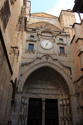 Detalles del reloj de la Catedral de Toledo