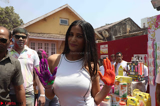 Poonam Pandey at Zoom Holi Celetion (3).JPG