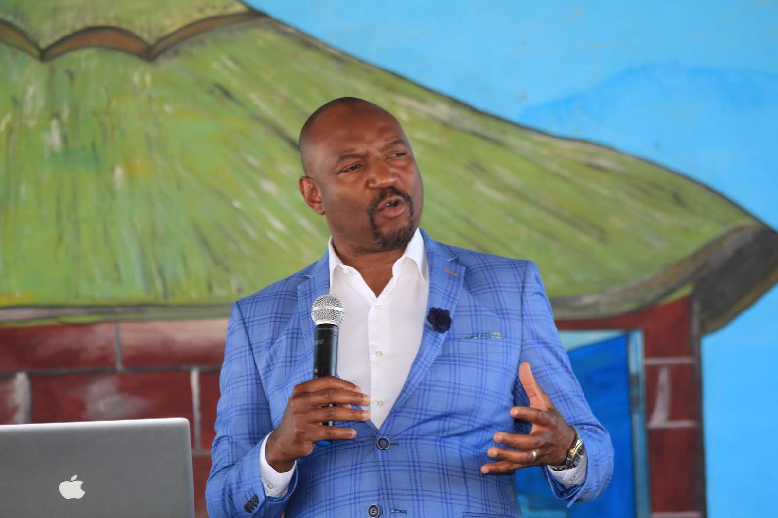 Pastor Sacrifice Chirisa Teaches On Business At Tiyambuke 2018