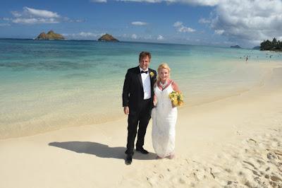 Deluxe Oahu Wedding