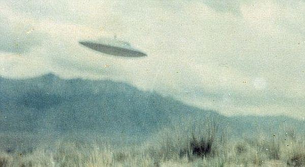 Serangan UFO Terhadap Markas Militer AS