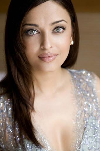 Unseen Spicy Aishwarya Rai Deep Cleavage Juicy Armpits In