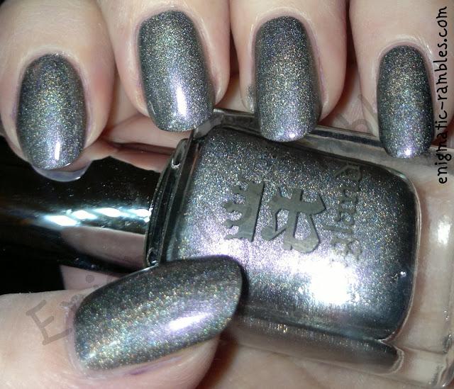 a-england-ascalon-swatch-grey-lavender-holo
