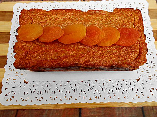 bolo de coco  alperce e calda sem acucar