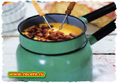 Beer & cheese fondue