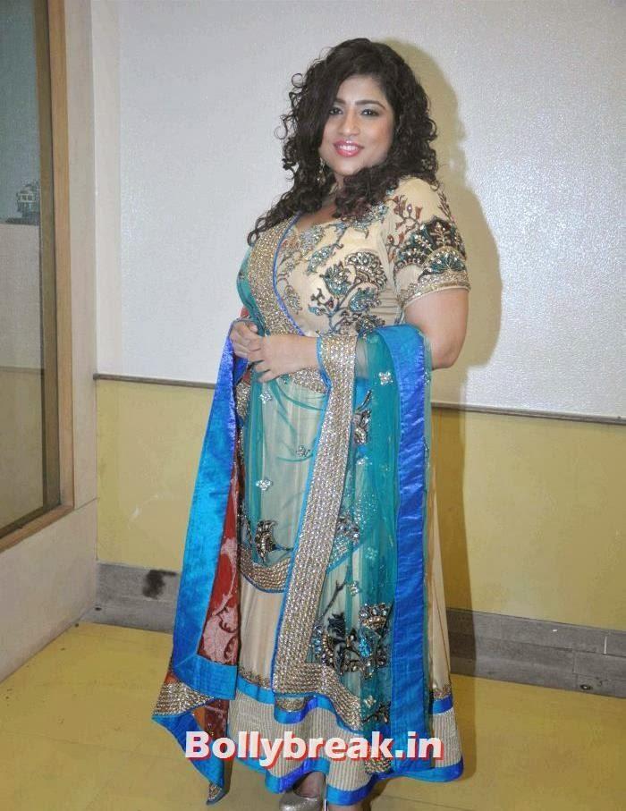 RJ Malishka, Tv Babe Pics from Welingkar Fashion Show - Rashmi Desai, Vidya Malvade, Smita Bansal, Kritika Kamra