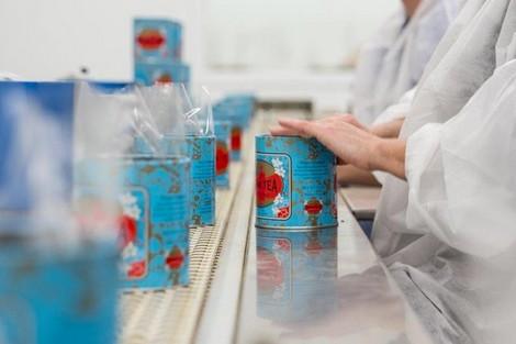شركة فرنسية ترحّل أنشطة تلفيف شاي من مراكش