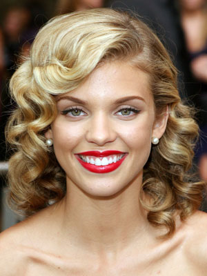 Peachy Anotherallergymom Annalynne Mccord Pin Curls Hairstyle Hairstyle Inspiration Daily Dogsangcom