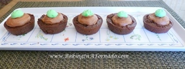 Mint Mousse Brownie Cups | www.BakingInATornado.com