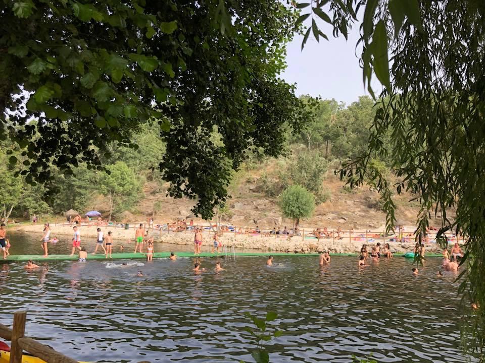 A banhos no Rio Côa
