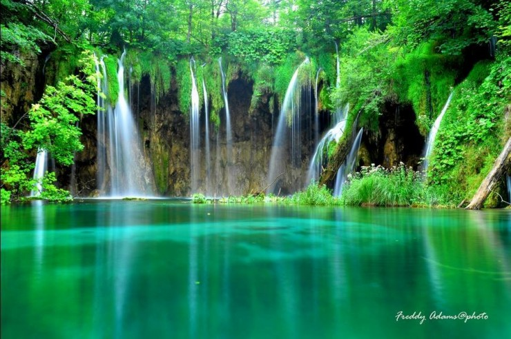 20 Spots In Europe You Must See Before You Die - Plitvice Lakes National Park, Croatia.