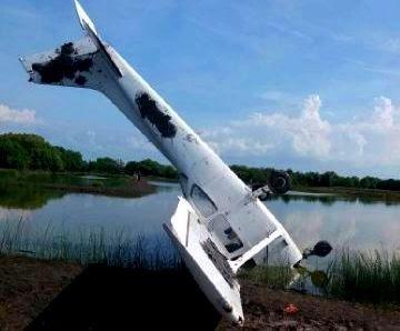 foto pesawat jatuh di tambak demak