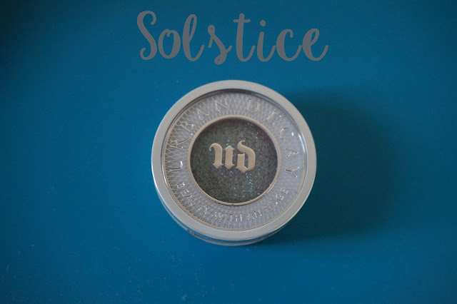 solstice_urban_decay_eyeshadow_moondust_revue_avis_swatches_tutoriel_01