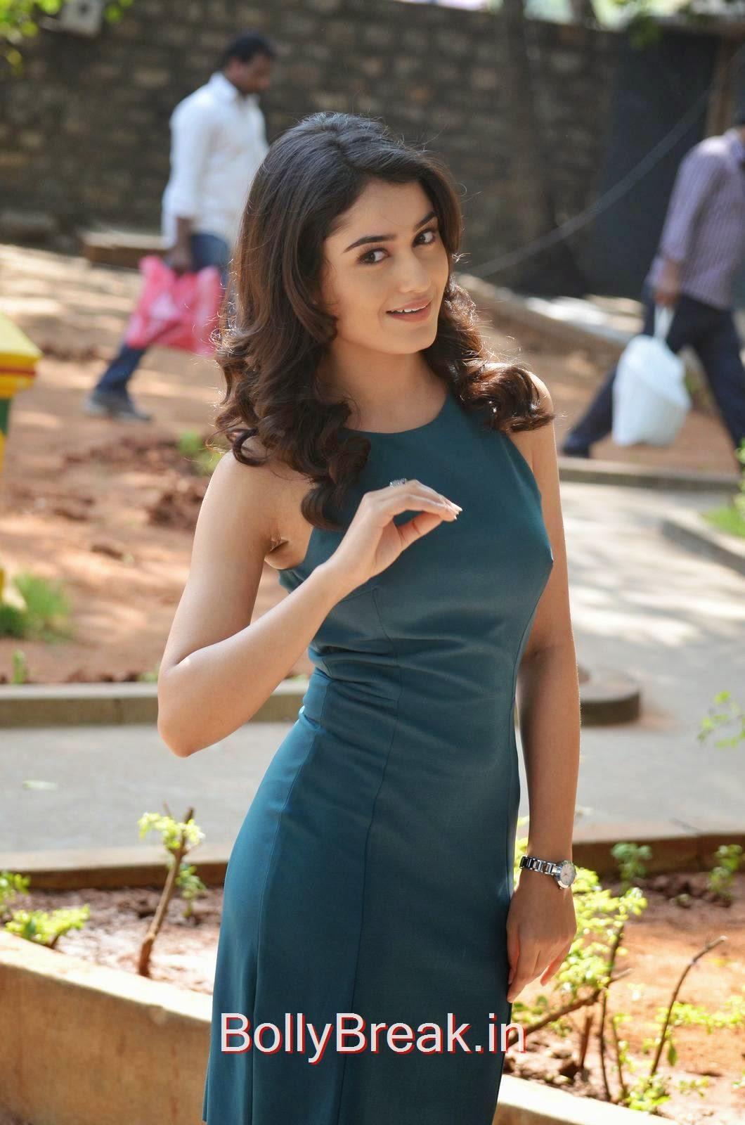 Tridha Choudhury Photo Gallery, Tridha Choudhury Hot Pics In Blue Dress
