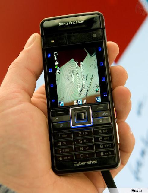 Điện thoại Sony Ericsson C902