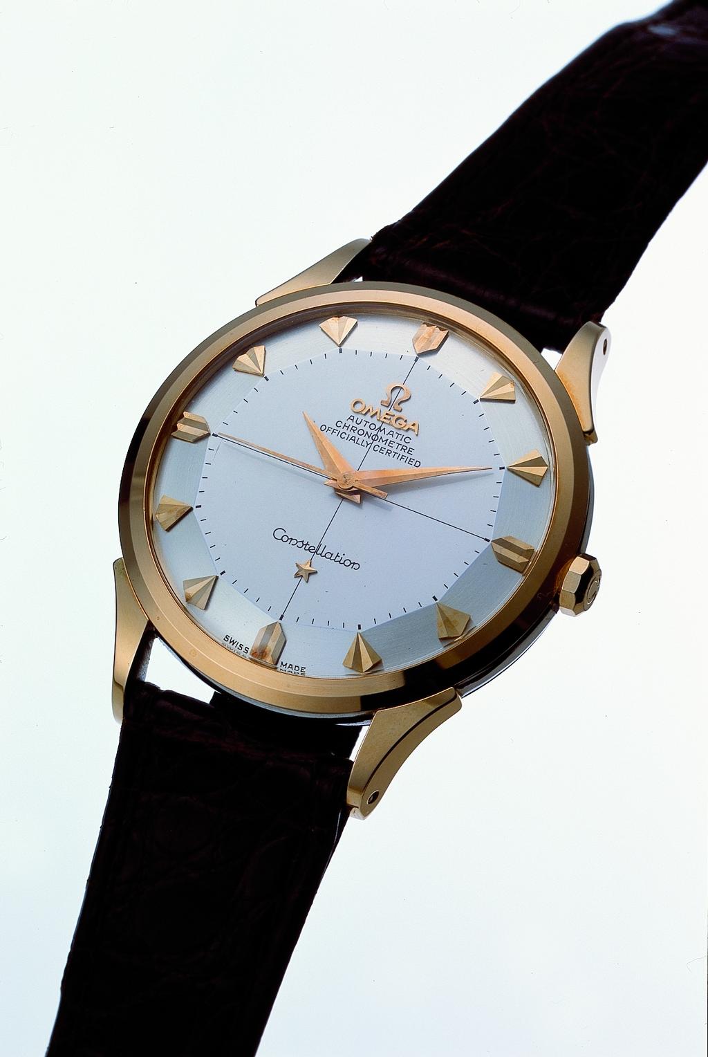 d21b83ef2c5 Peças históricas Omega em exposição da nova linha Globemaster na Boutique  dos Relógios Plus Art da Avenida