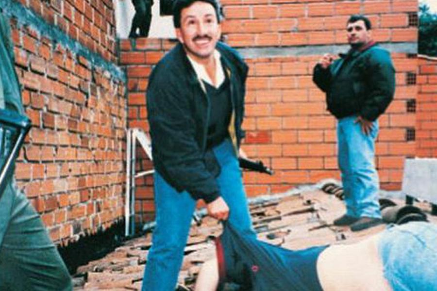 Detienen a expolicía que abatió a Pablo Escobar