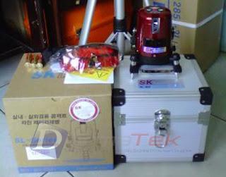 Darmatek Jual Cross Line Laser Level SK SL-50P ( 4V-1H-1D)