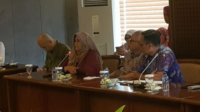Neno-Ahmad Dhani Adukan Larangan Aksi Ganti Presiden ke Fadli-Fahri