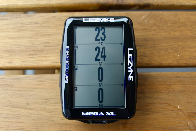 Review Lezyne Mega XL GPS Cycle Computer